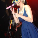 Katy Perry con gli occhiali