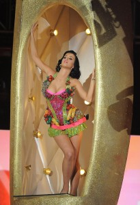 "Katy Perry performs her hit song ""I Kiss"