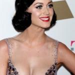 Katy Perry scollata 150x150 Immagini in alta definizione di Katy Perry con un look vintage