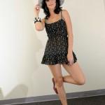 Katy Perry vestito nero 150x150 Immagini in alta definizione di Katy Perry con un look vintage