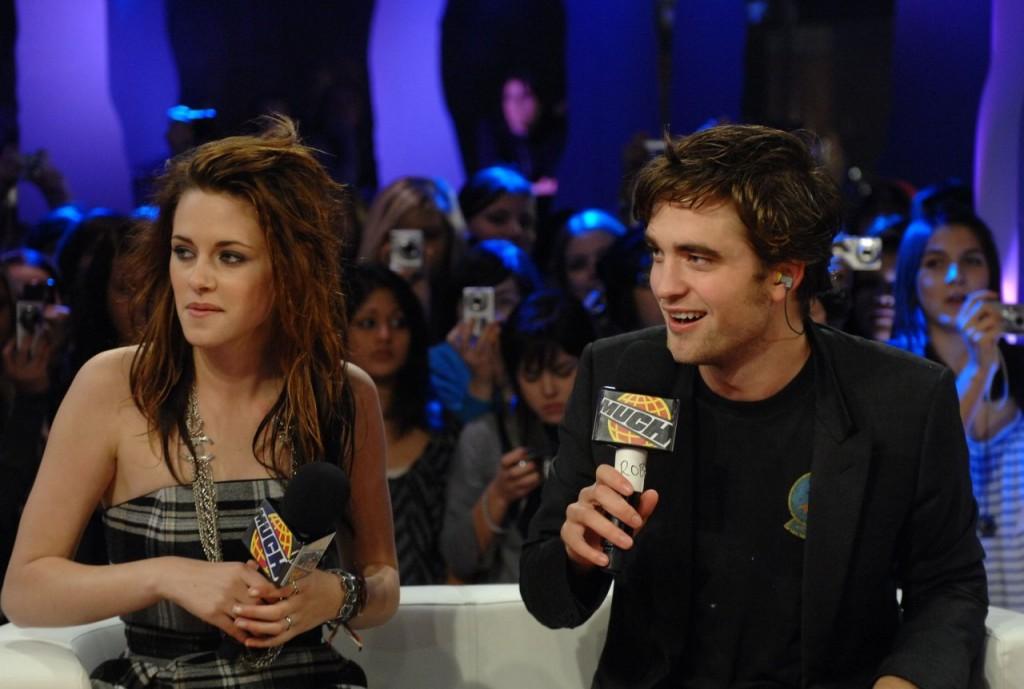 Kristen Stewart 1167127 1024x689 Kristen Stewart e Robert Pattinson altre immagini e fotografie di alta qualità da scaricare