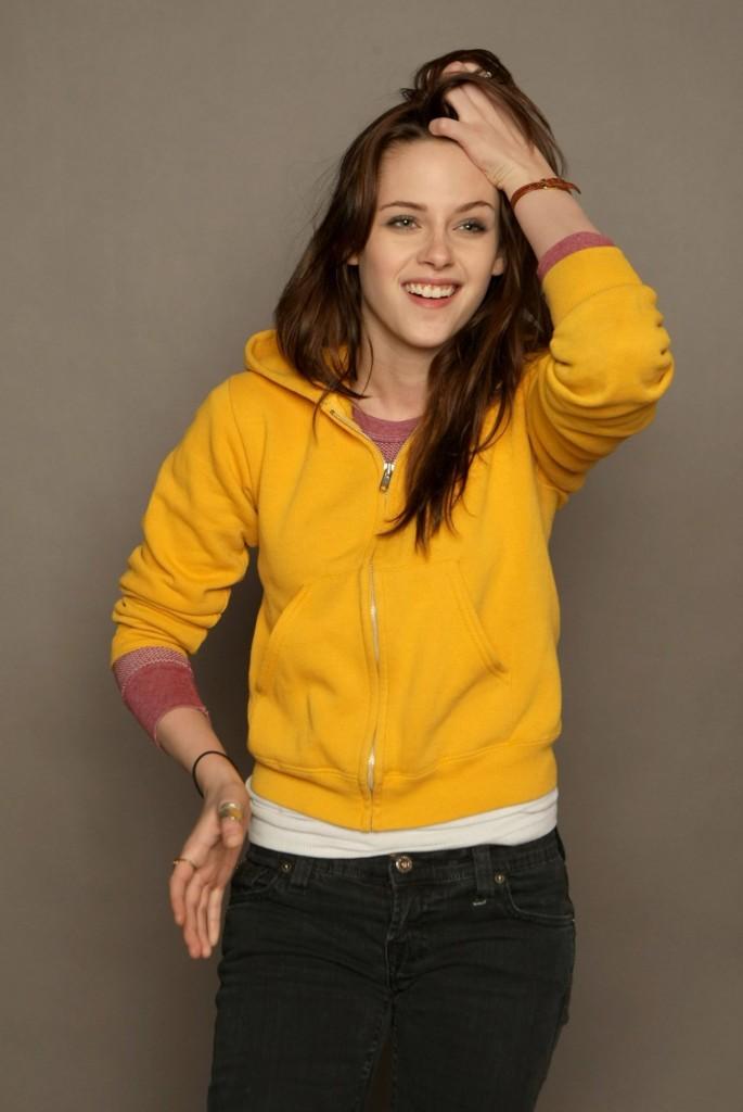 Kristen Stewart 1268701 685x1024 Kristen Stewart e Robert Pattinson: foto e sfondi ad alta risoluzione